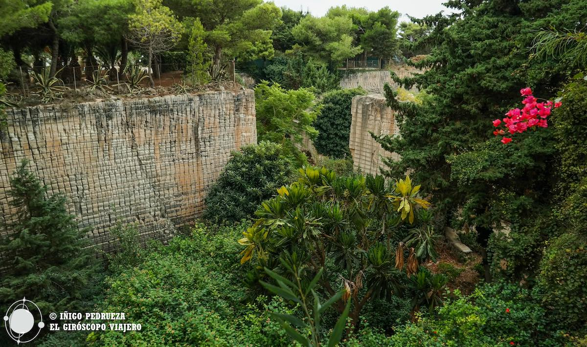 Anciennes carrières devenues Jardin Luxuriant à Favignana. ©Iñigo Pedrueza.
