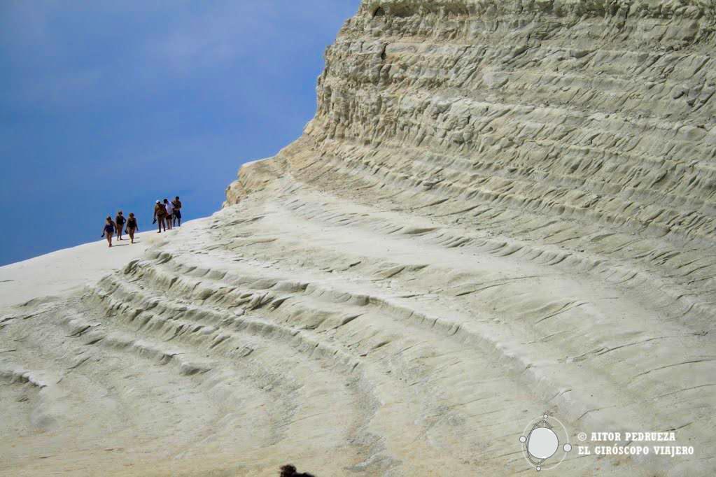 Una playa única sobre acantilados de tiza. ©Aitor Pedrueza.