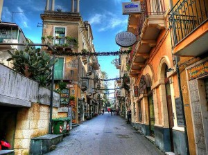 Ruelles de Taormina. Photo de Viking's Pub.