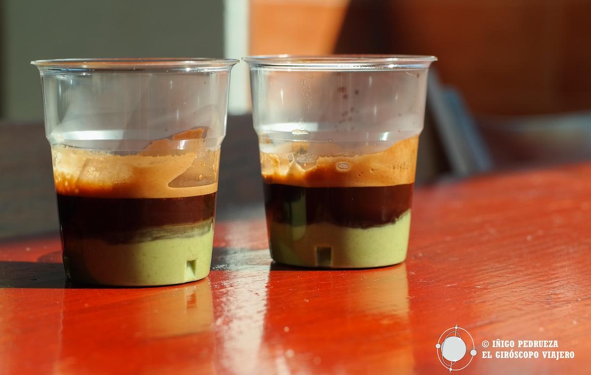 Délicieux inventions à Favignane, café au pistache. ©Iñigo Pedrueza