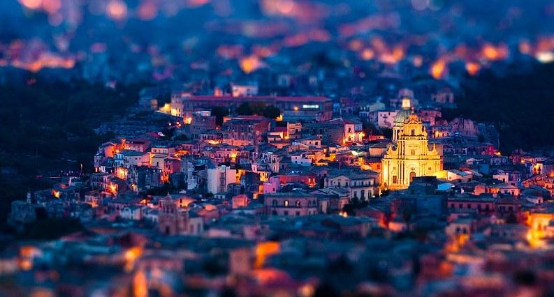 Vue de la vieille ville de Raguse Ibla, au sud de la Sicile.